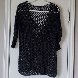 MODA International vneck sweater